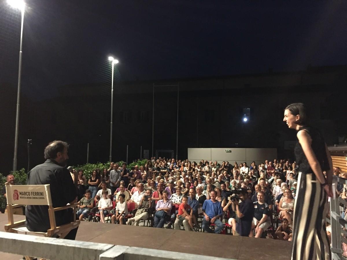 Don Marco Ferrini, durante l'inaugurazione dell'Arena Cinema Europa Faenza