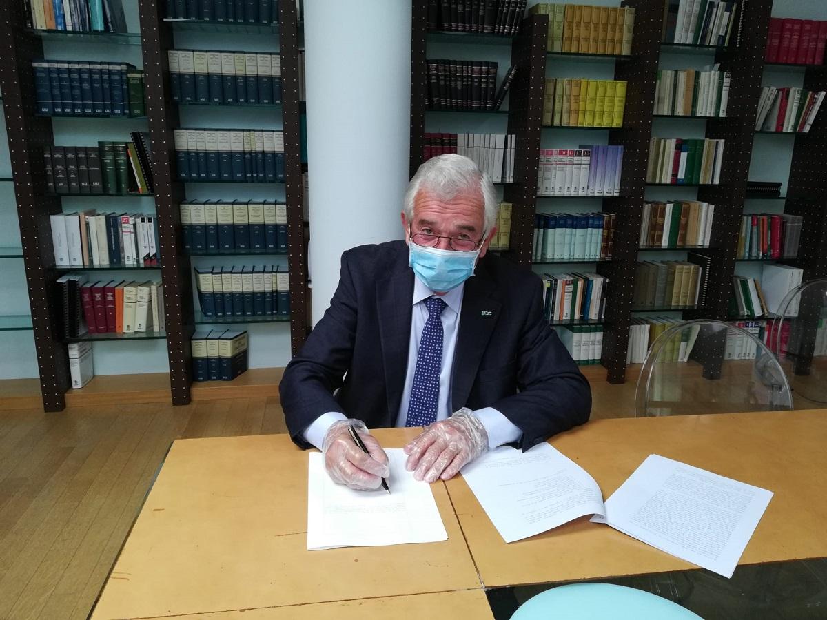 14 maggio 2020, la firma di acquisizione delle 11 filiali da parte del Presidente Secondo Ricci